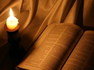 Iran: Bibliile se vând cu mai puţin de un dolar